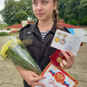 Живет молодежь в духе патриотизма и, укрепляя казачий уклад жизни