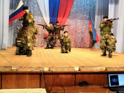 Выступление казачьей молодежи